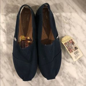 TOMS classic shoes navy